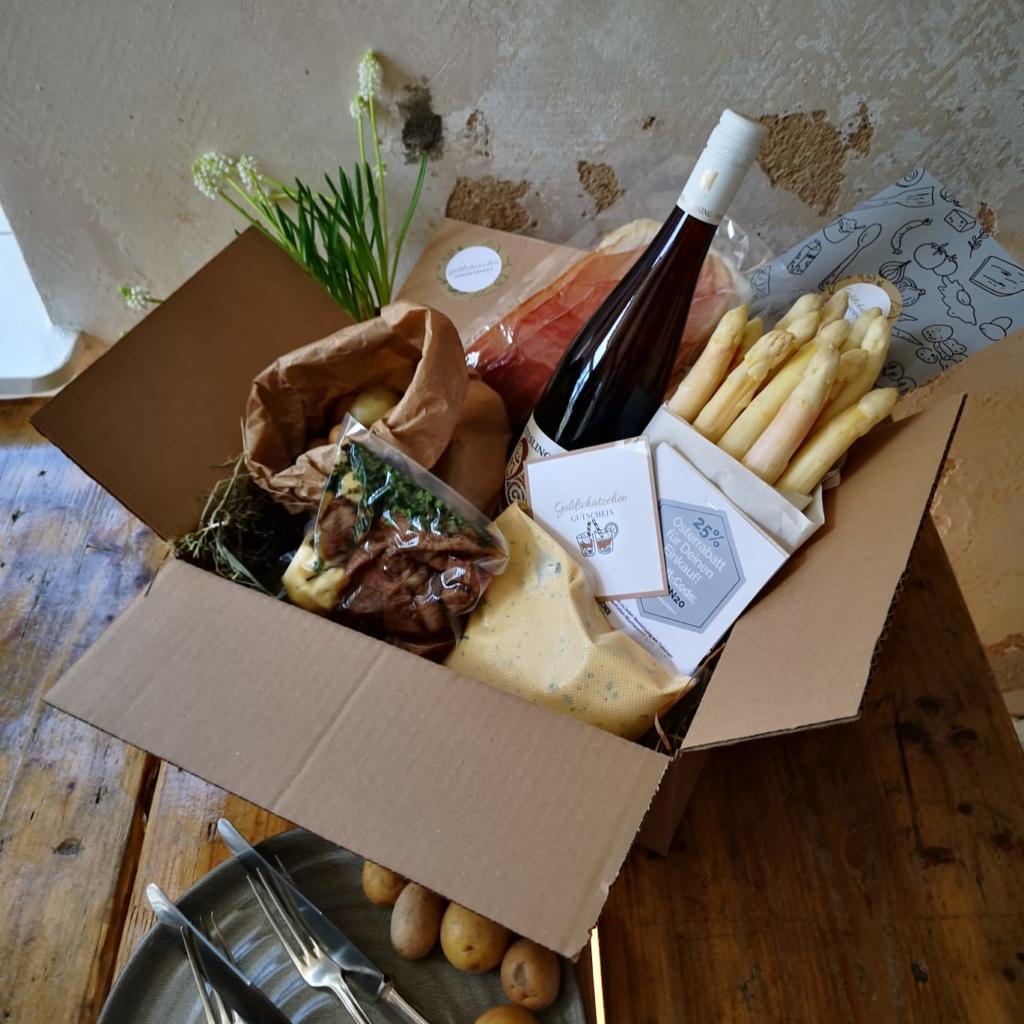 Speisenpaket mit Spargel